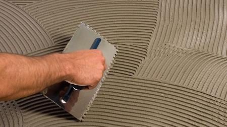 Чем приклеить кафельную плитку к бетону: отвалившийся керамический пол, стена на кухне, отпавшая на старое место
