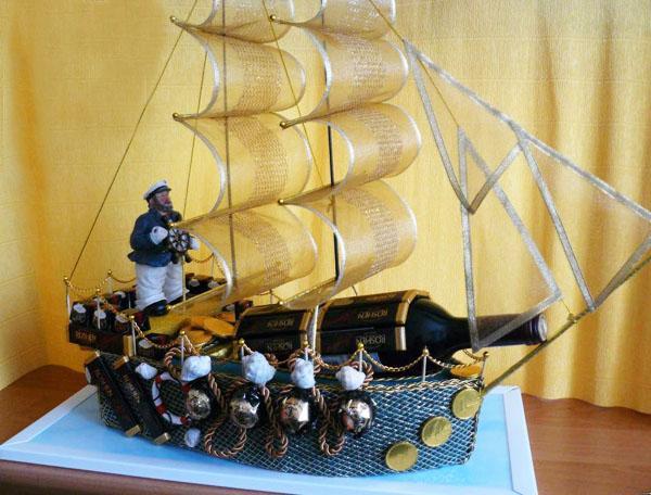 Корабль своими руками из бутылки с конфетами для начинающих