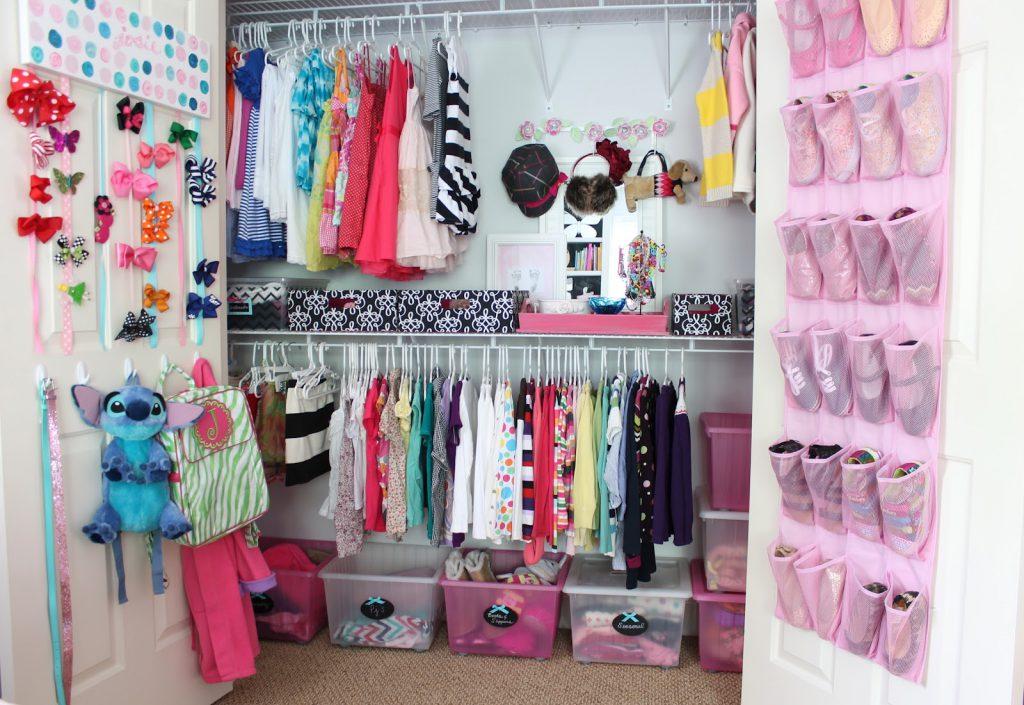 Мини гардеробная для девочки
