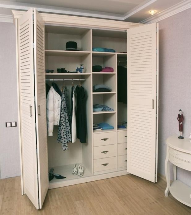 Реечные двери в гардеробную
