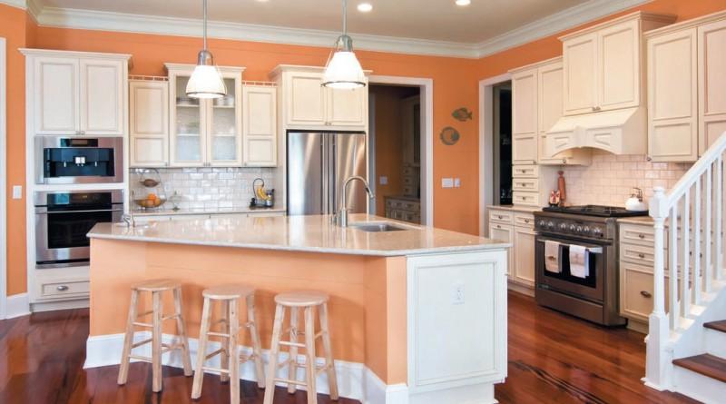 Персиковый цвет в дизайне кухни