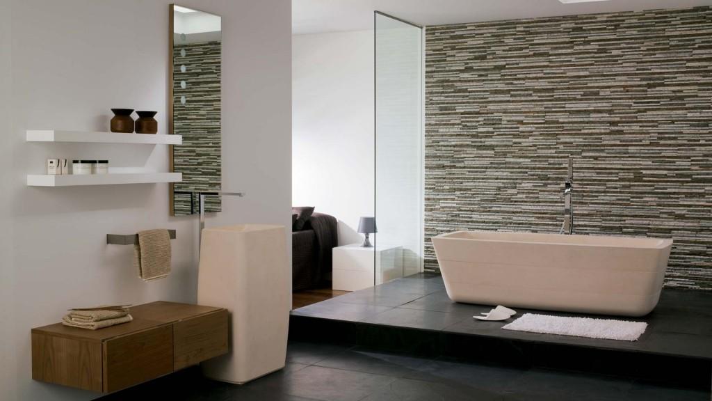 ванная с каменной кладкой