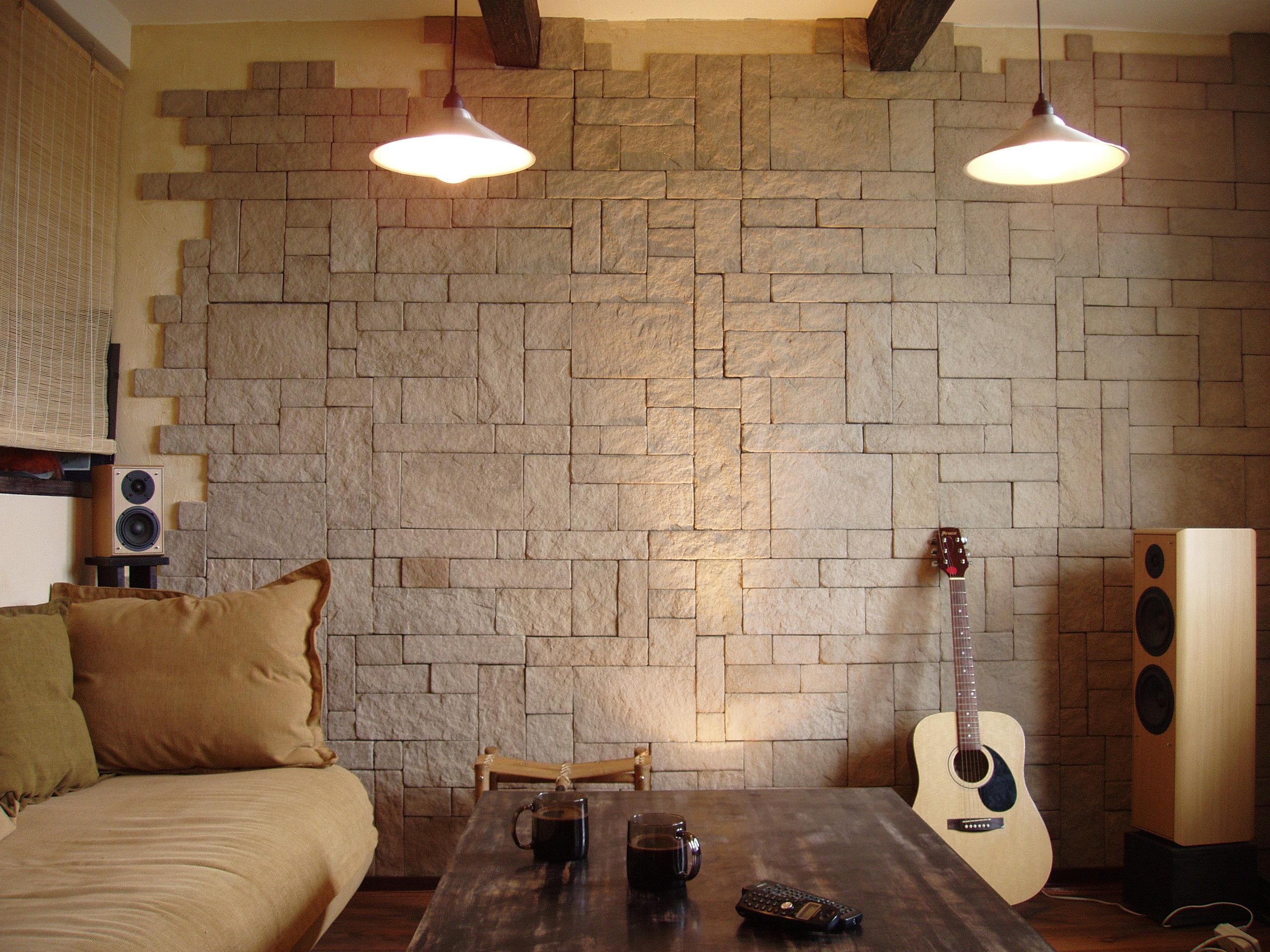 Декоративные панели под камень фото в интерьере
