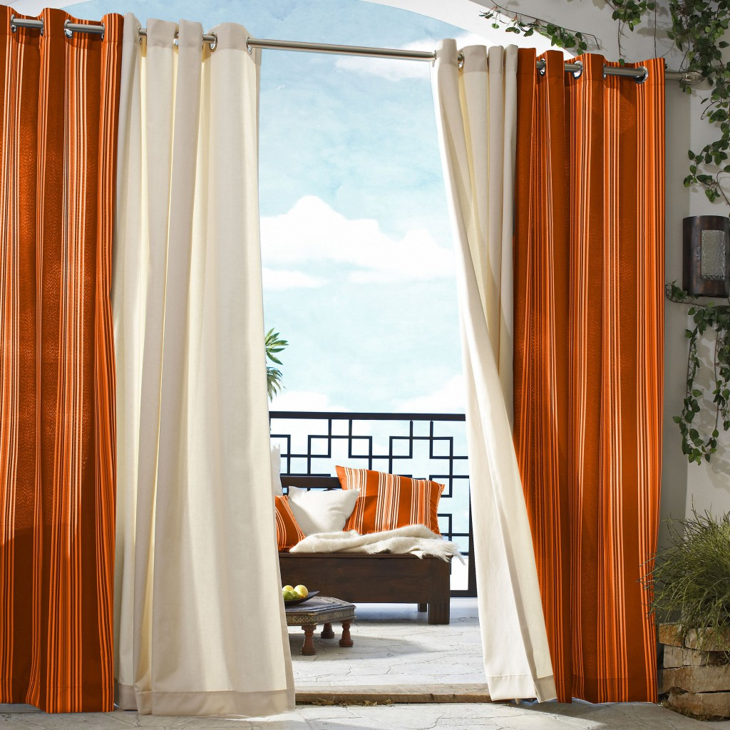 Curtains rods