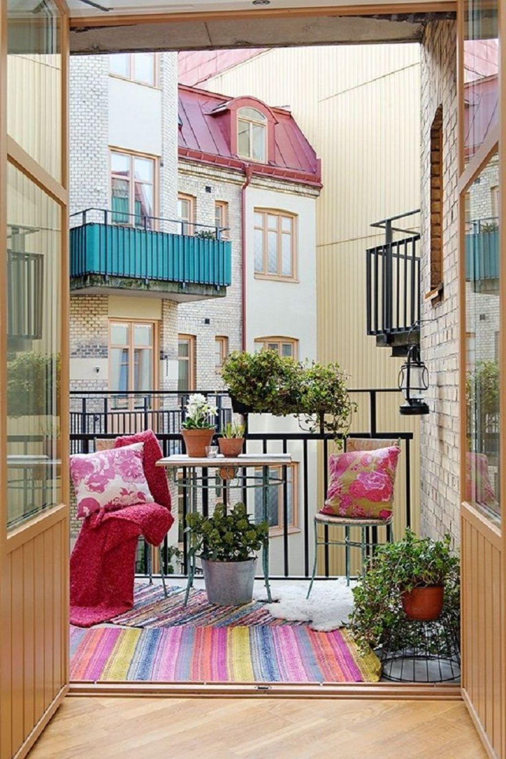 Balcony artificial grass - one decor.