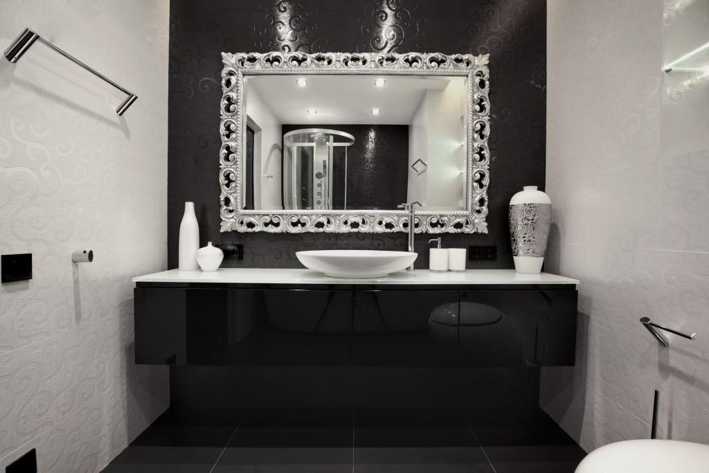 Черно-белый туалет дизайн фото