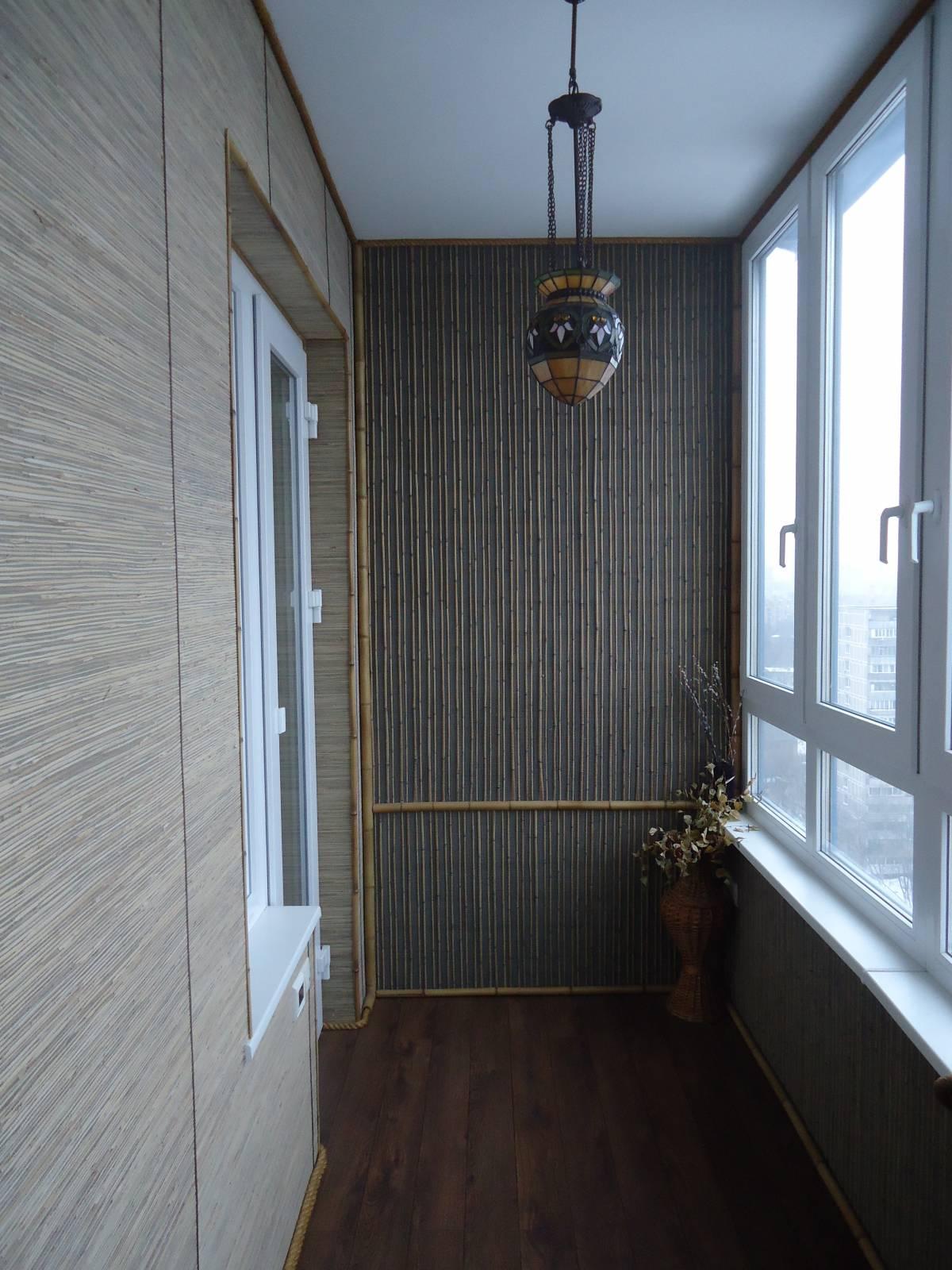 Интерьер балкона бамбуком - дизайнерини.