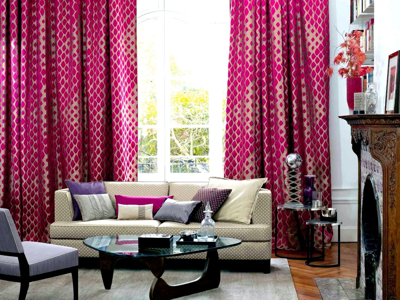 Фото штор для зала цветами