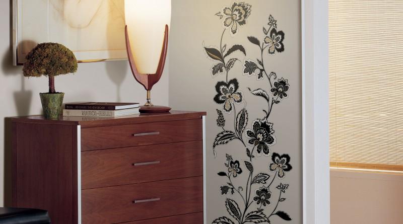 декорирование стен своими руками и подручными средствами