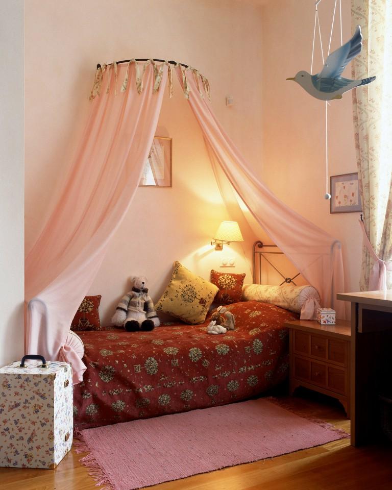Декор маленькой комнаты своими руками фото 26