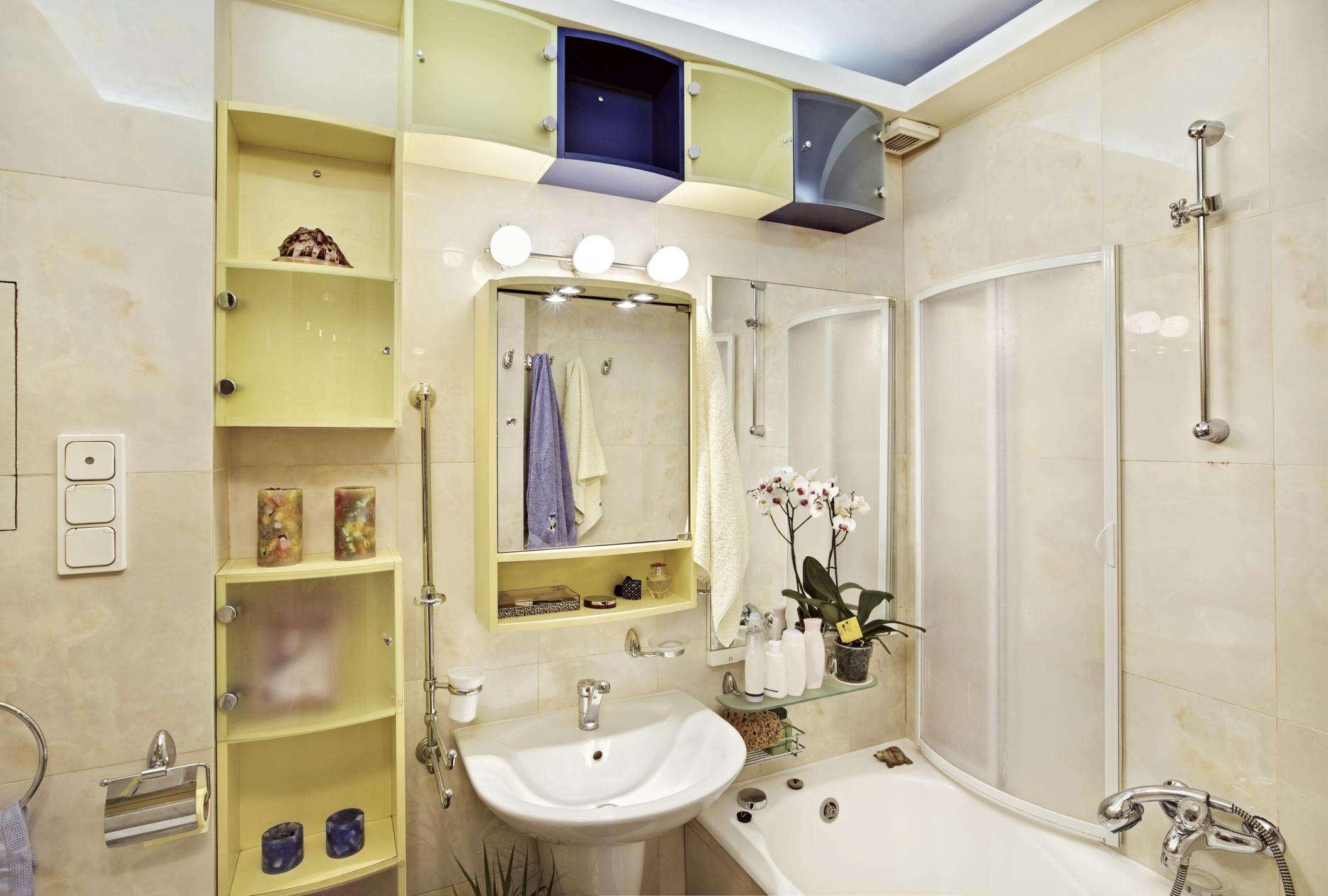 Живые маленьких ванных комнат дизайн