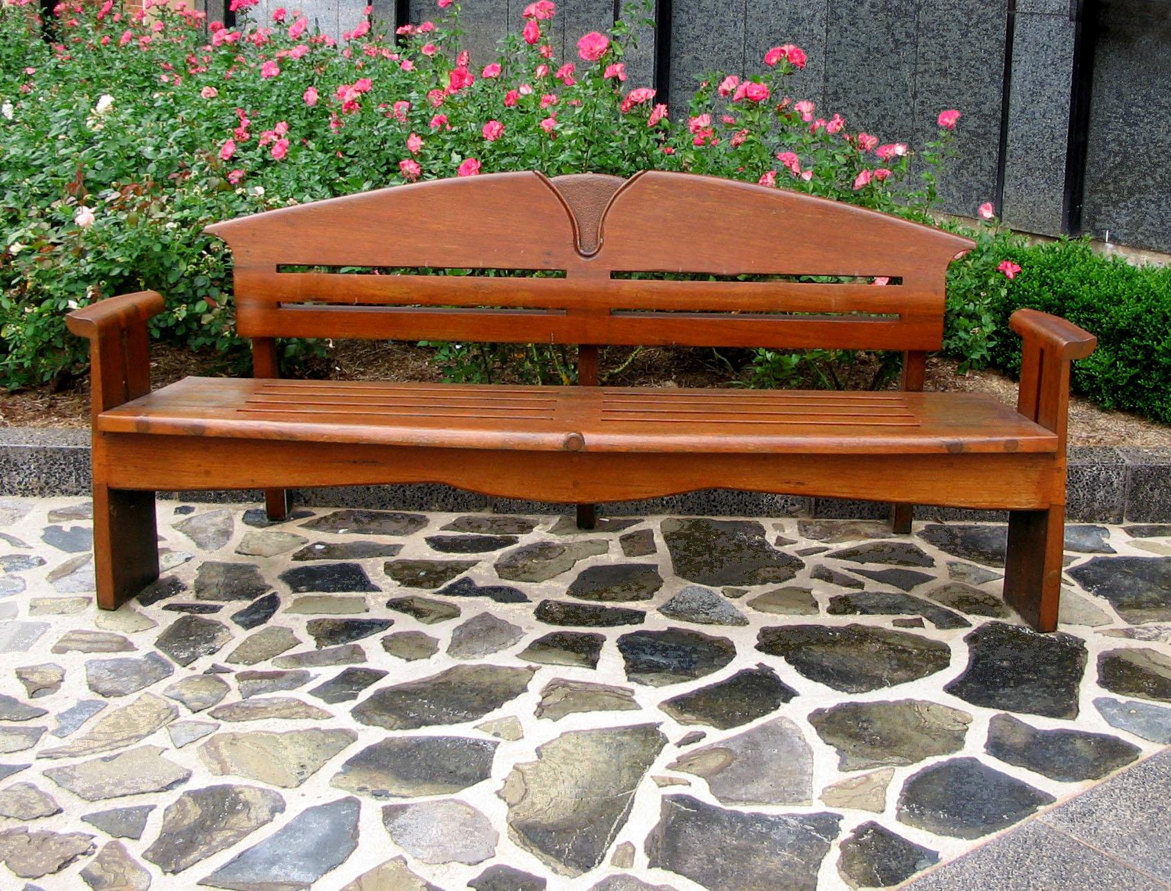 Скамейки для сада из дерева своими руками фото и