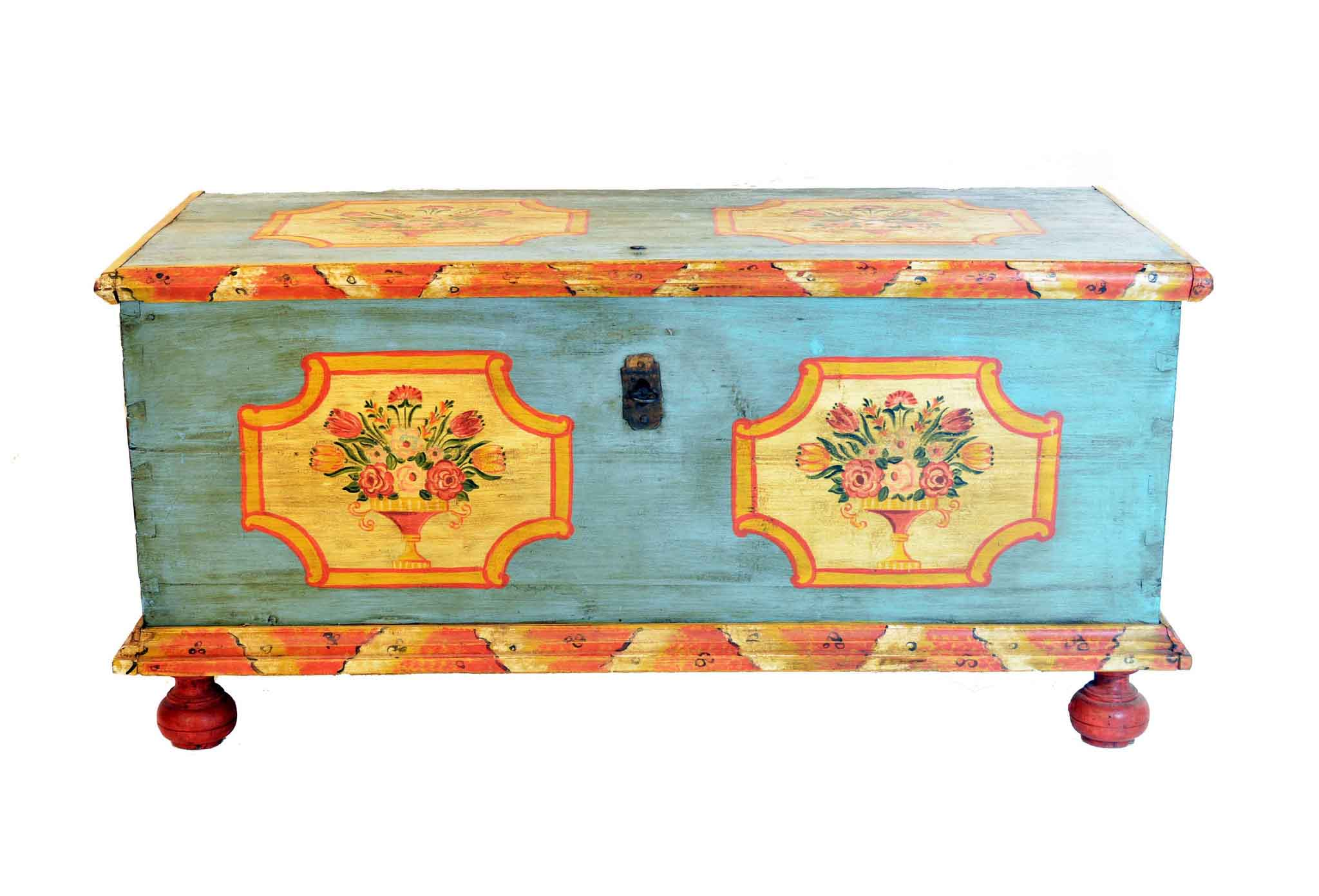 Реставрируем старый чемодан своими руками