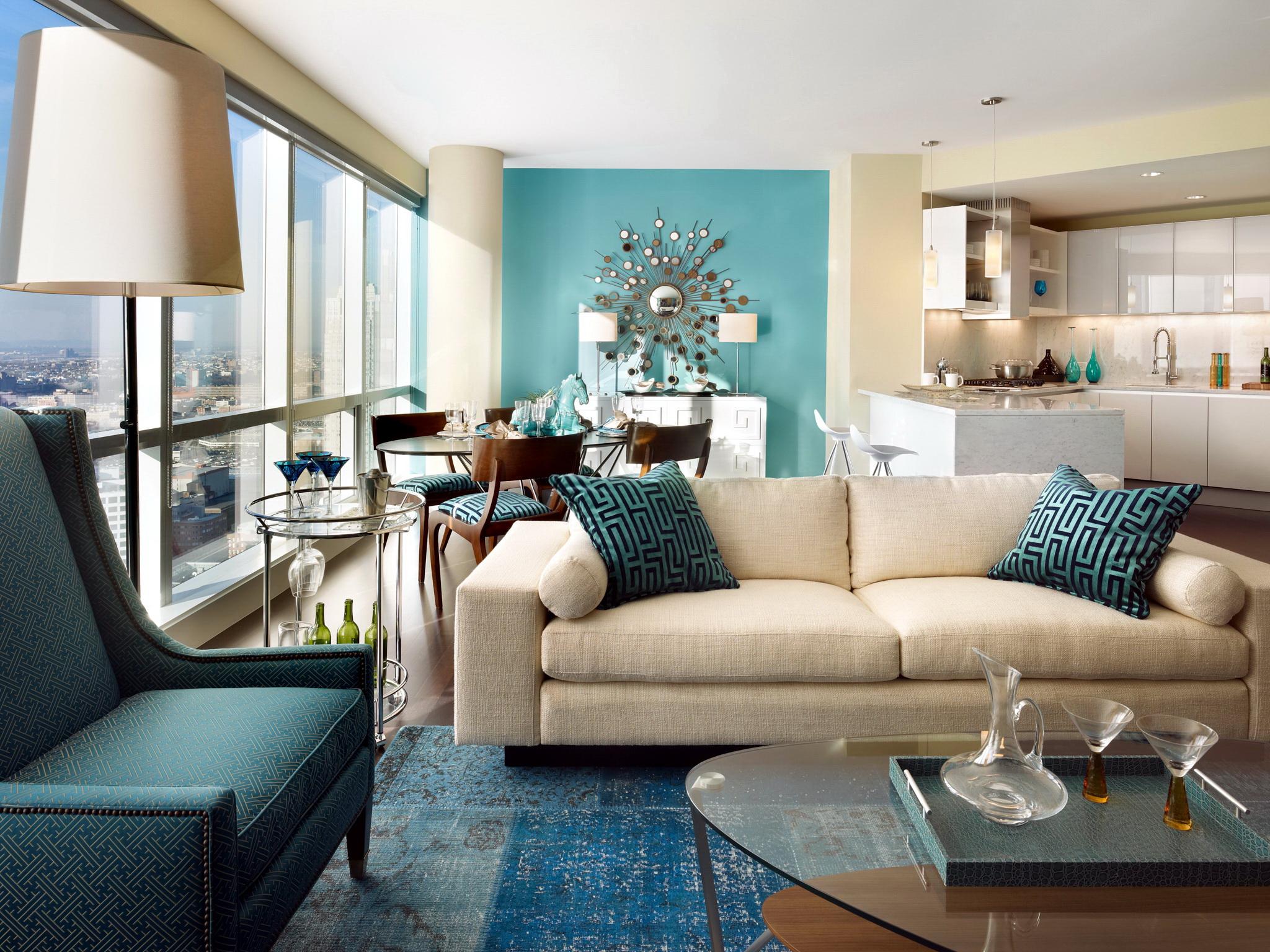 Интерьер гостиной в бежево голубых тонах фото