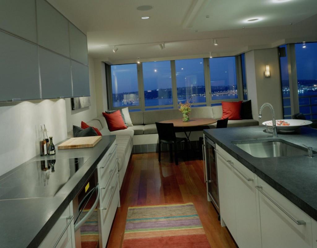 дизайн комнаты с балконом