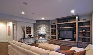 телевизор и диван
