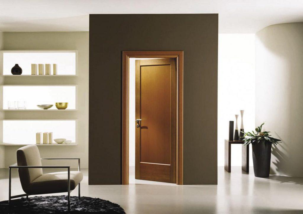 Распашные межкомнатные двери в интерьере