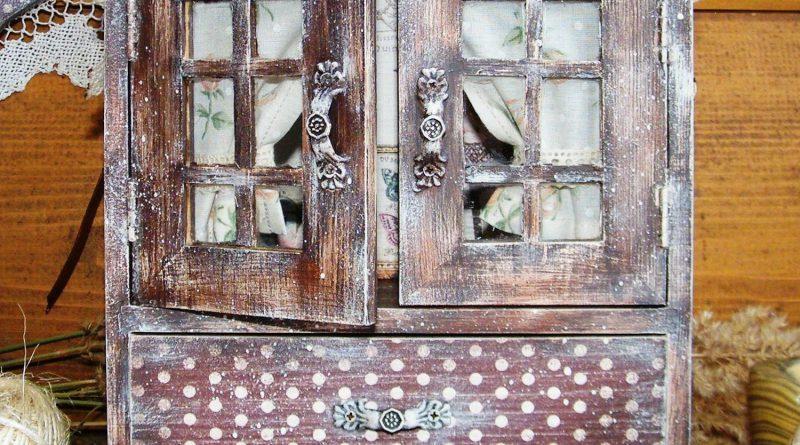 декорированный комод