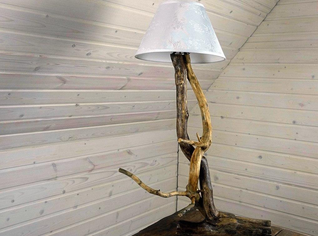 лампа из веток