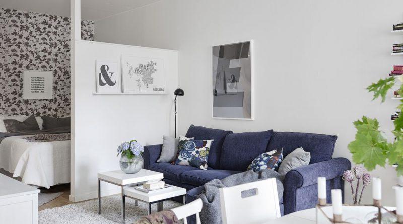 угловой диван и столик