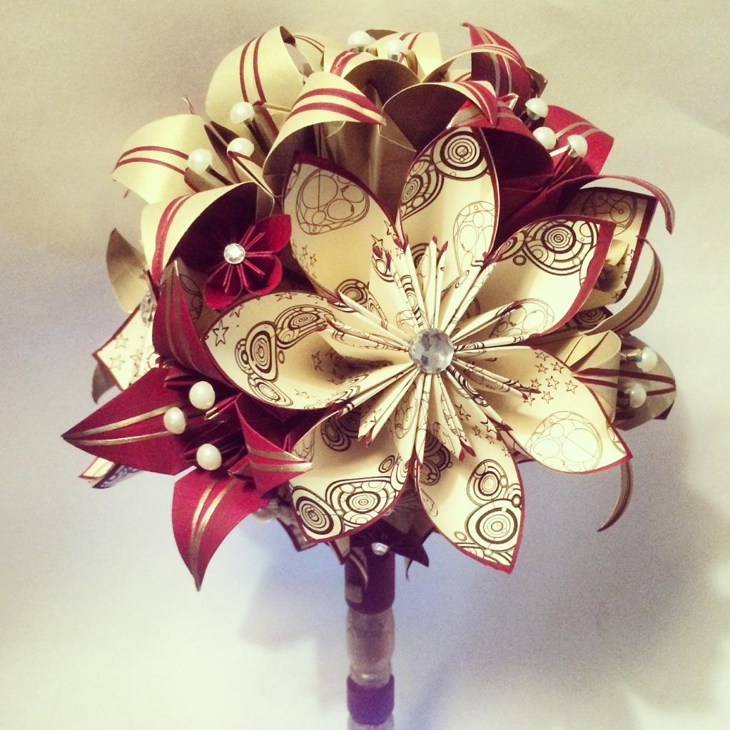 Букет цветов из бумажных цветов своими руками фото 351