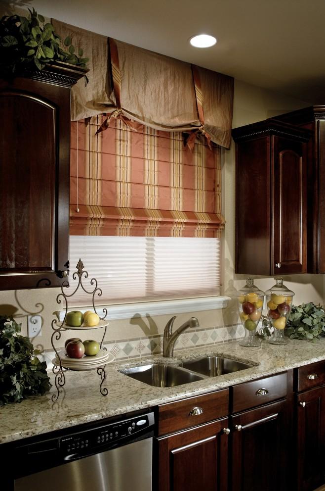 Фото дизайна кухонного окна