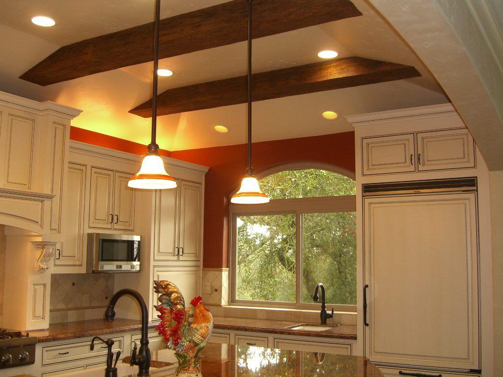 иметь собой красивые потолки на кухне в частном доме производстве термобелья