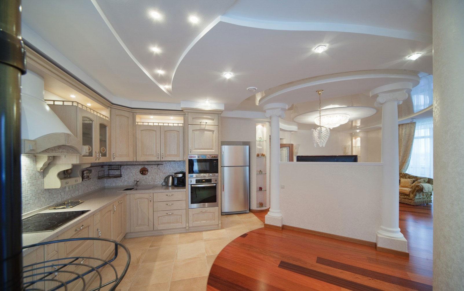 Дизайн кухни гостиной с перегородкой фото