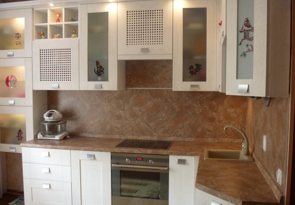 белые кухонные шкафы