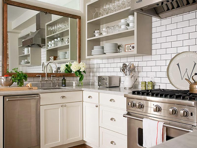 зеркало на кухне