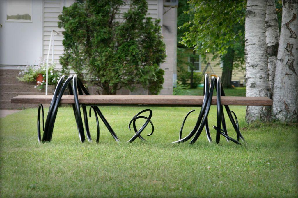 скамейка из металла