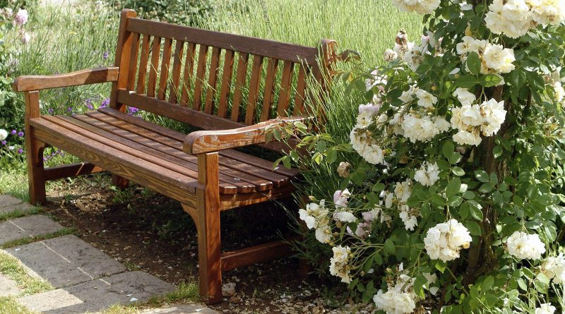 Как сделать красивую и прочную скамейку из металла