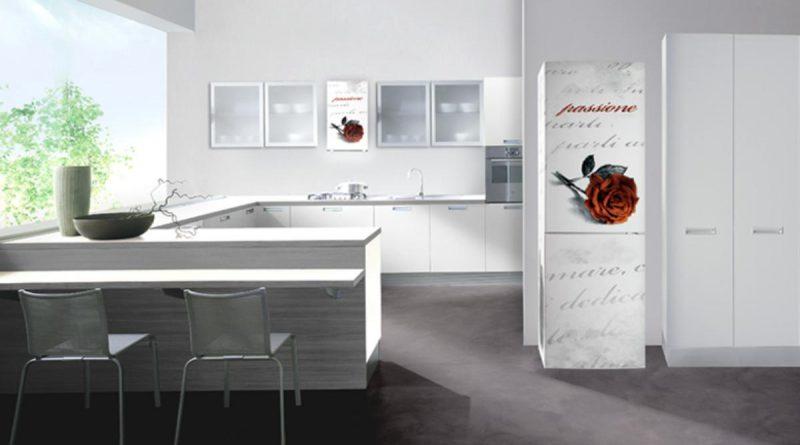 декорированный холодильник