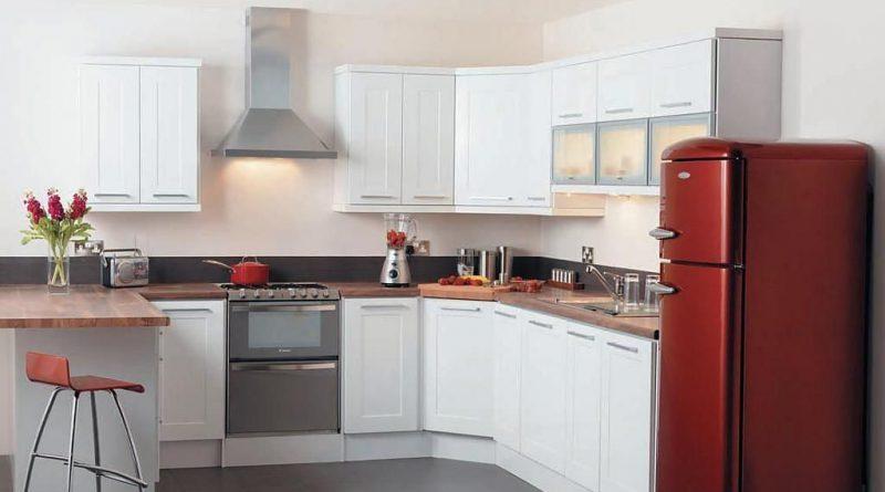 красный холодилник