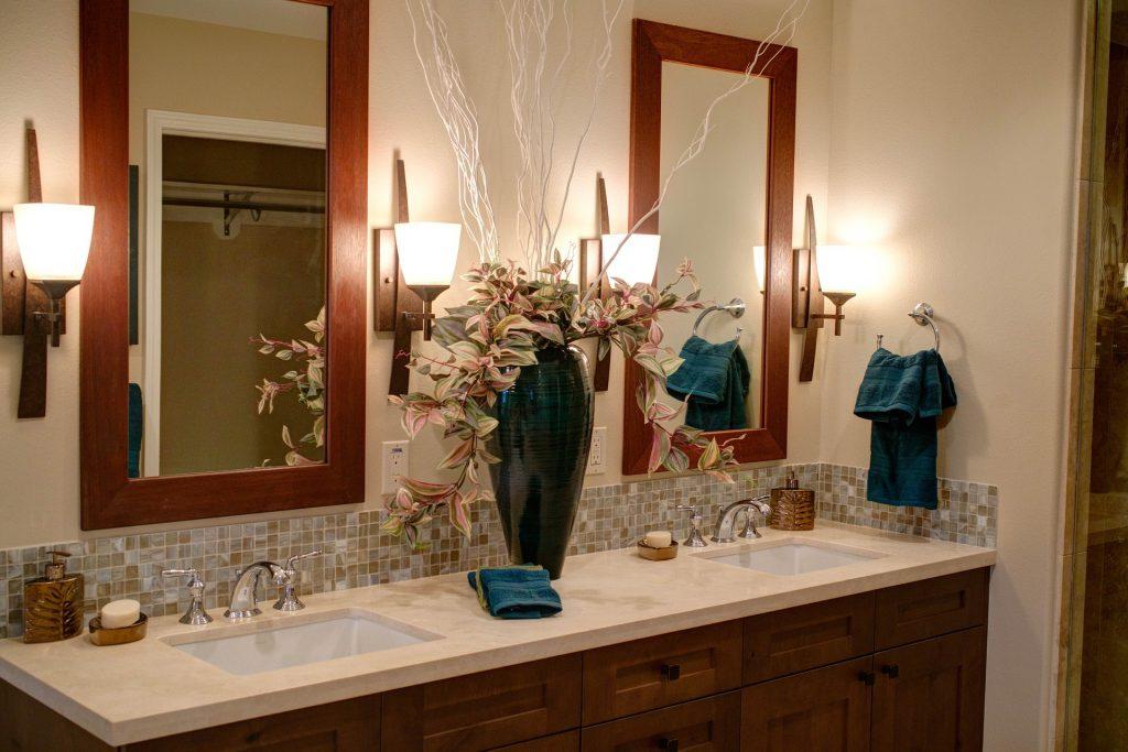 Декорирование ванной комнаты своими руками фото 75