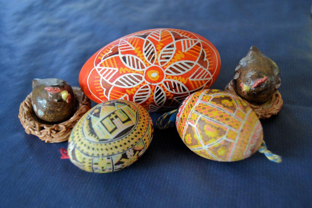 Вариант декупажа пасхальных яиц