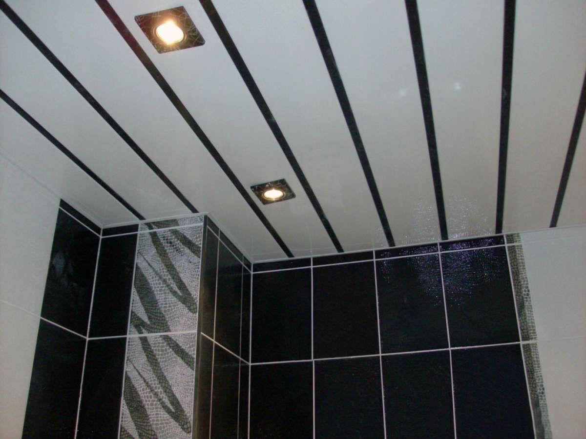 Потолок из пластиковых панелей в ванной своими руками фото