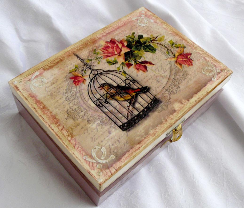 Секреты красивого декупажа — украшение письменного столика (мастер-класс)