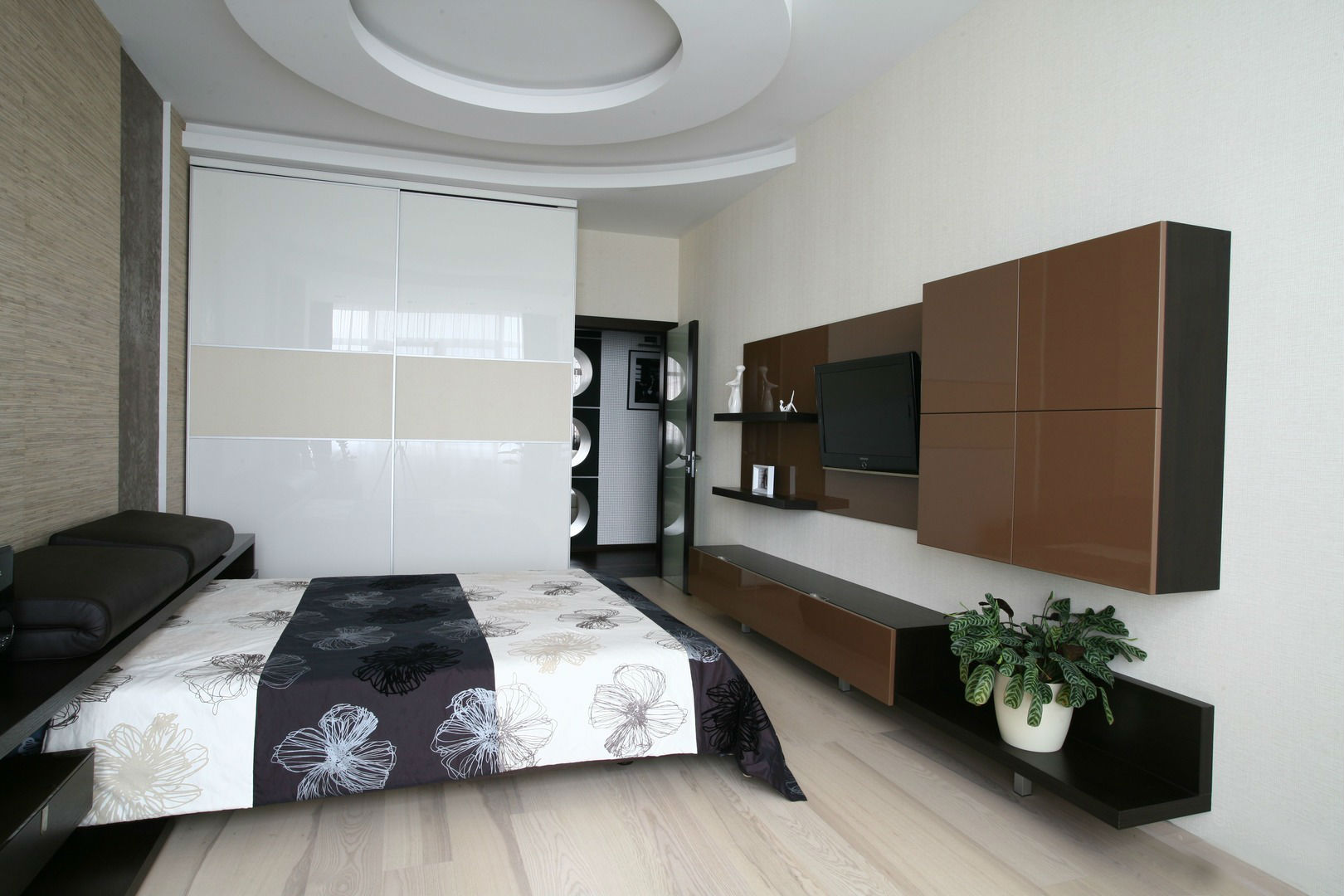 Дизайн спальни 13 кв м: увеличиваем пространство и разделяем.
