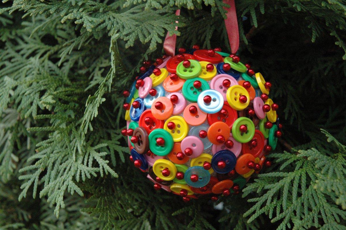 Оригинальные идеи новогодних подарков своими руками для близких (+35 фото)
