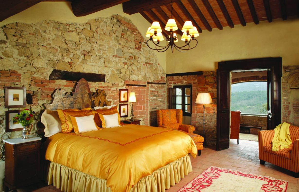 Дизайн спальни в римском стиле