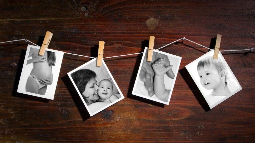 Коллаж из фото на деревянной панели