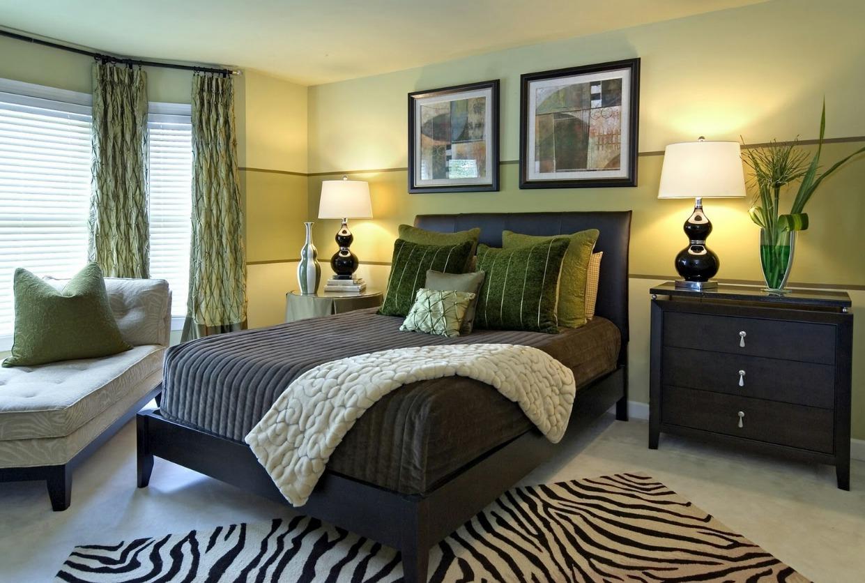 Фото дизайн спальни в оливковом цвете