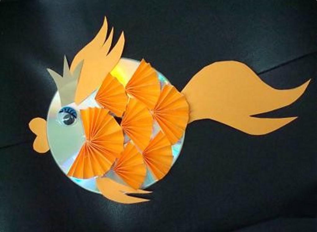 Рыба своими рука поделка