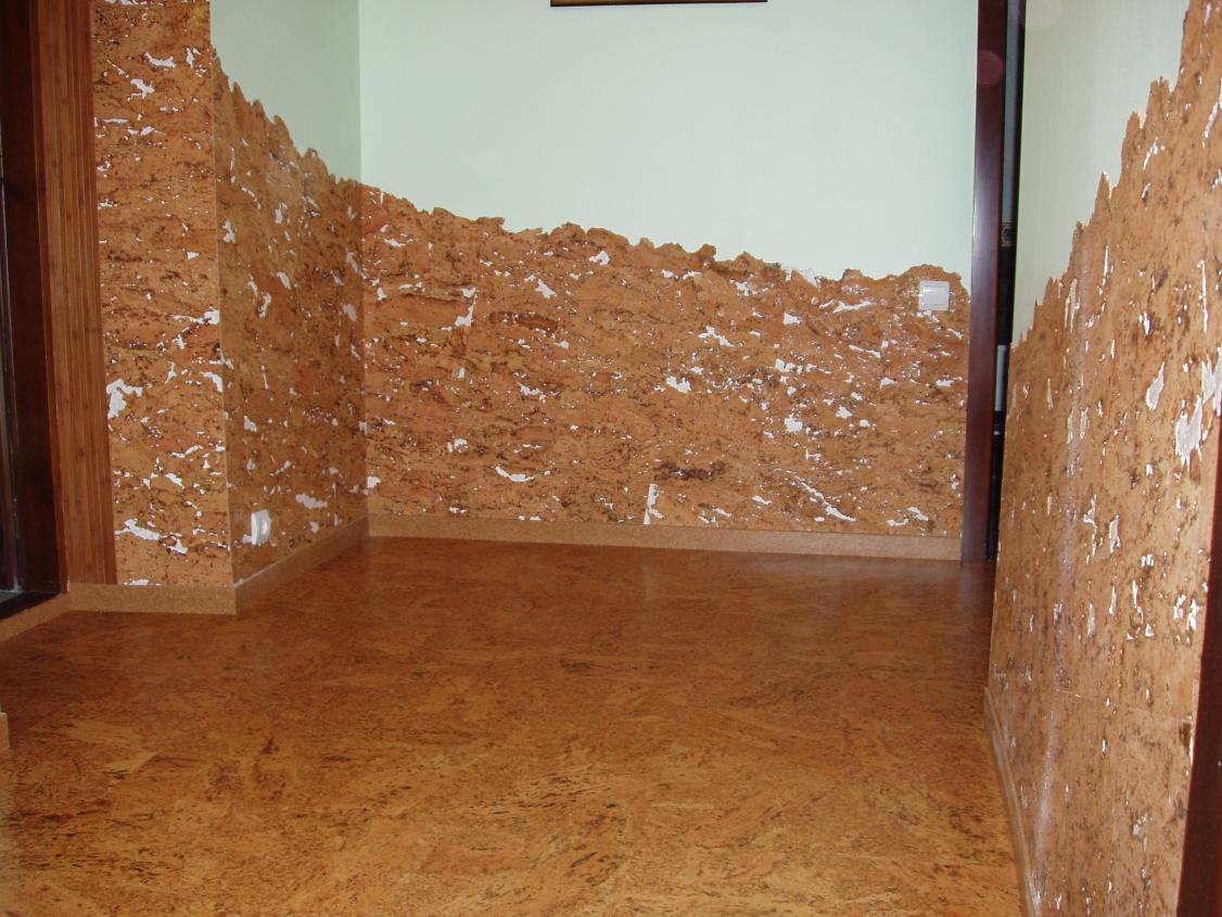Отделка стен пробкой: виды материала, способы крепления, фот.