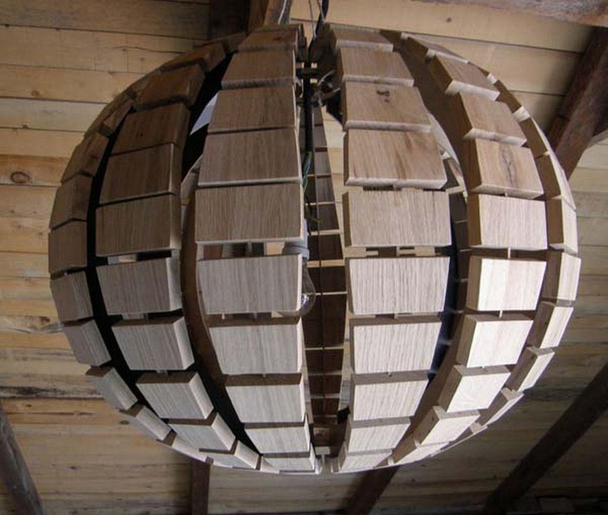 Оригинальные люстры из дерева фото