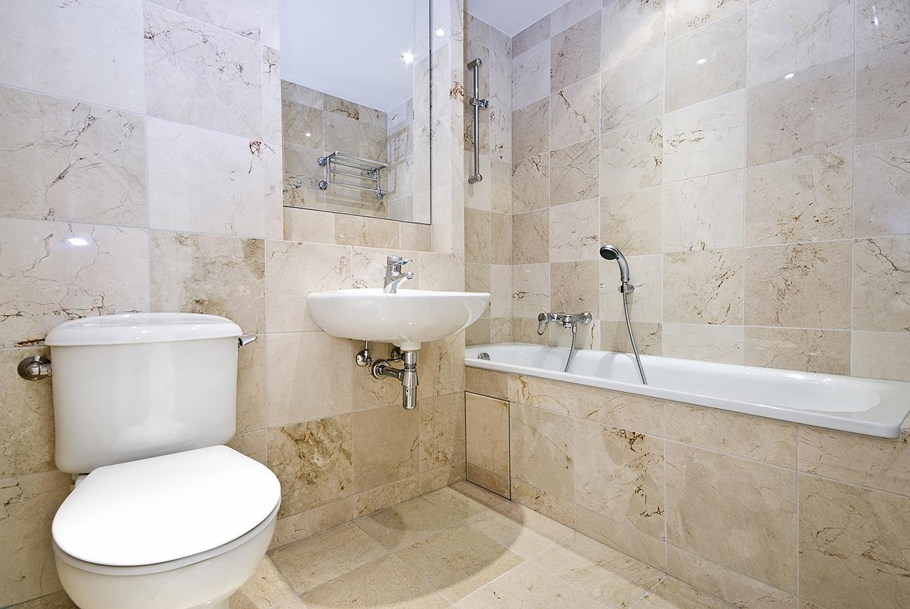 дизайн маленькой ванной комнаты под мрамор фото