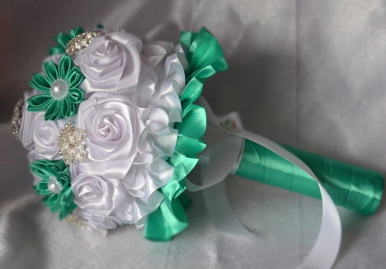 Как сделать букет невесты из атласных лент