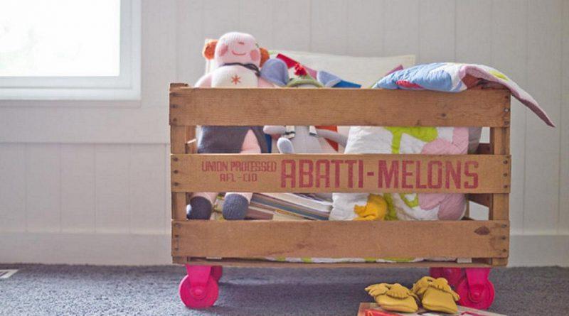 Самодельный ящик для игрушек: варианты из картона, ткани и дерева (4 МК)