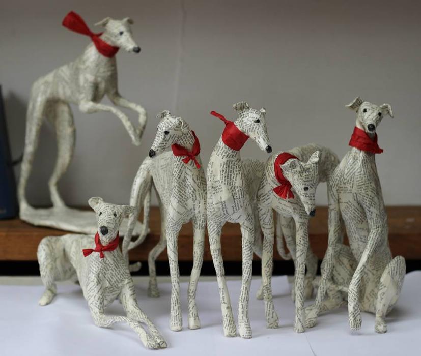 Фигурки собачки в технике папье-маше